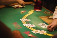 Beware of Sites Offering Blackjack Betting Systems